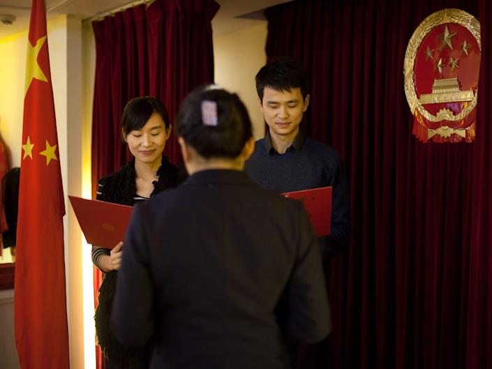 A new survey has found that almost half of China's urban young women don't plan to get married
