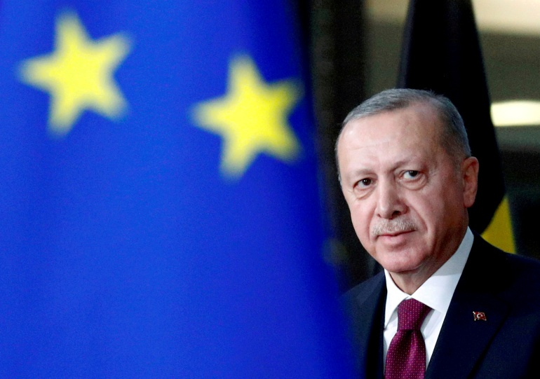 EU accuses Turkey of 'backsliding' on reforms to join bloc
