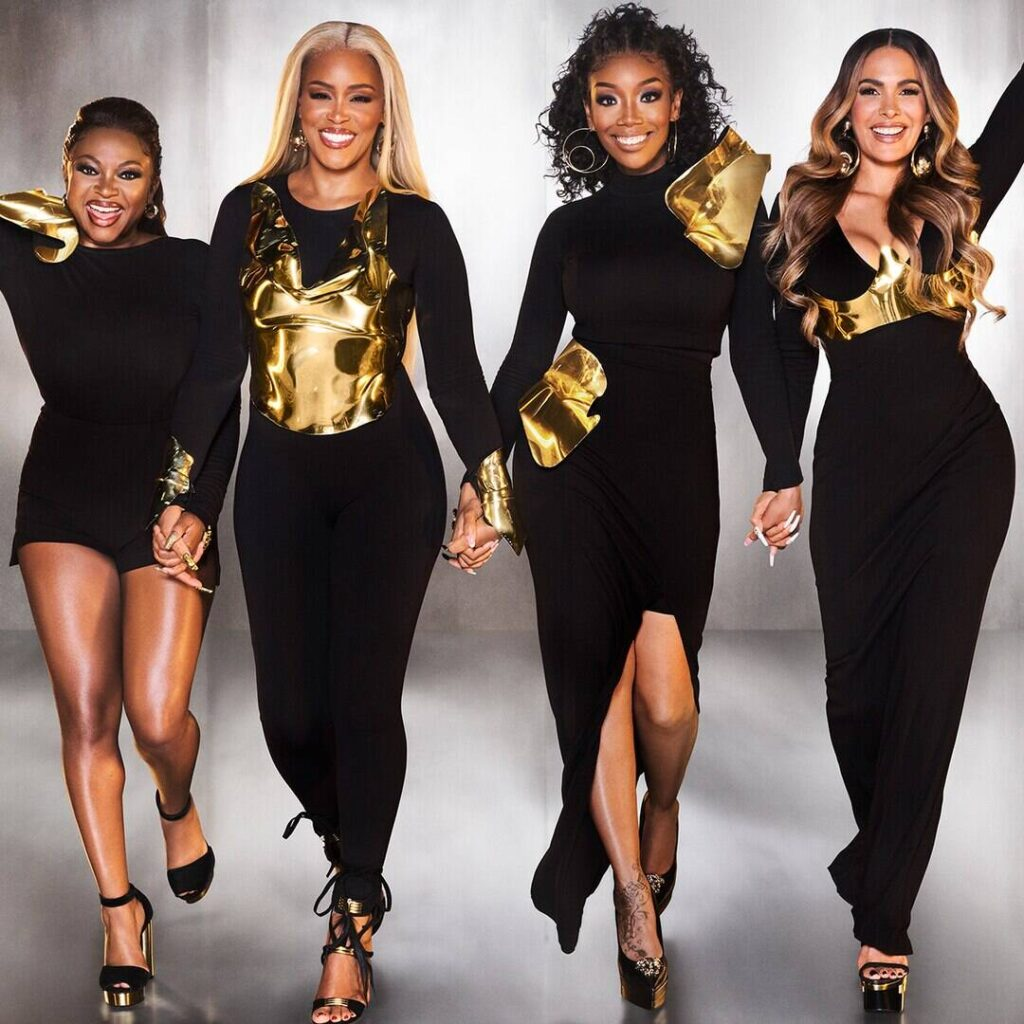 See the Stars of Queens Sound Off on Girls5eva Comparisons