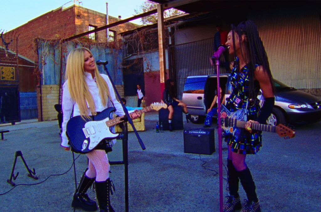 Willow & Avril Lavigne 'Grow' Larger Than Life in New Music Video: Watch